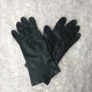 Isotoner Black Leather Gloves Long Wristed Classy